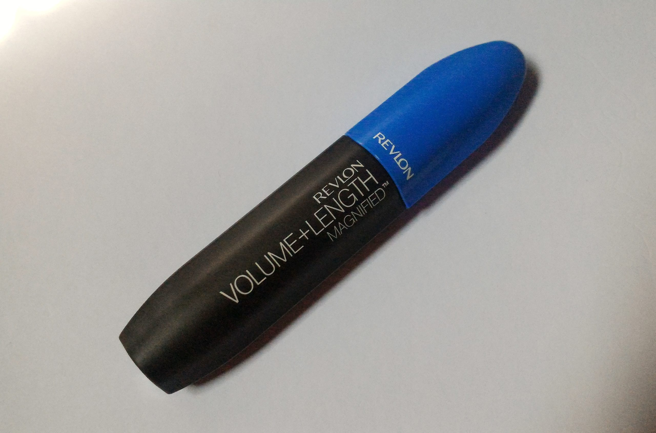 Revlon Volume & Length Magnified Mascara